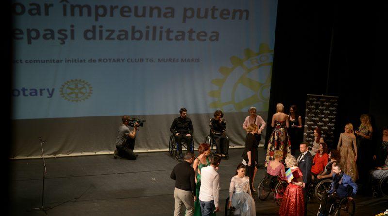 """(Video) """"Doar împreună putem depăși dizabilitatea"""" – proiect comunitar inițiat de Clubul Rotary Tîrgu-Mureș Maris, în sprijinul persoanelor cu dizabilități"""