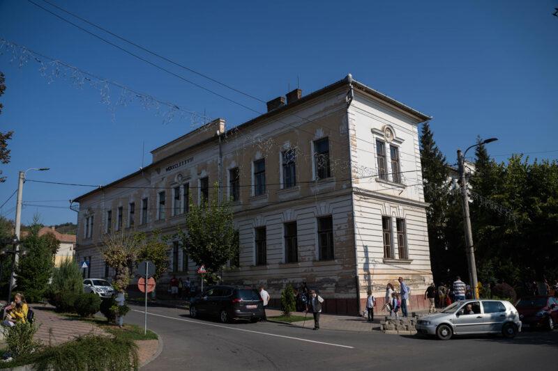 """(P) Am semnat contractul de finanțare pentru lucrările de reabilitare, modernizare, și extindere a Școlii Gimnaziale """"Traian"""""""